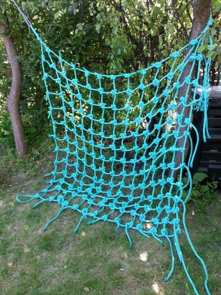 fabrication d 39 un filet de grimpe pour enfants kairn. Black Bedroom Furniture Sets. Home Design Ideas