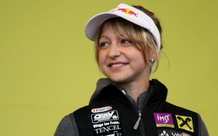 Angela Eiter réalise le 1er 9b féminin