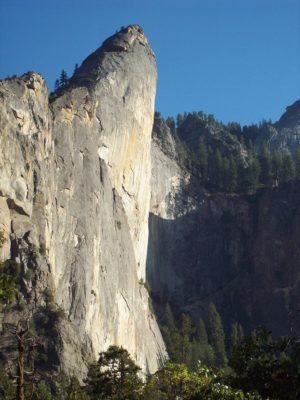 Leaning Tower, Yosemite Valley, By Meros Felsenmaus - Own work, CC BY-SA 3.0