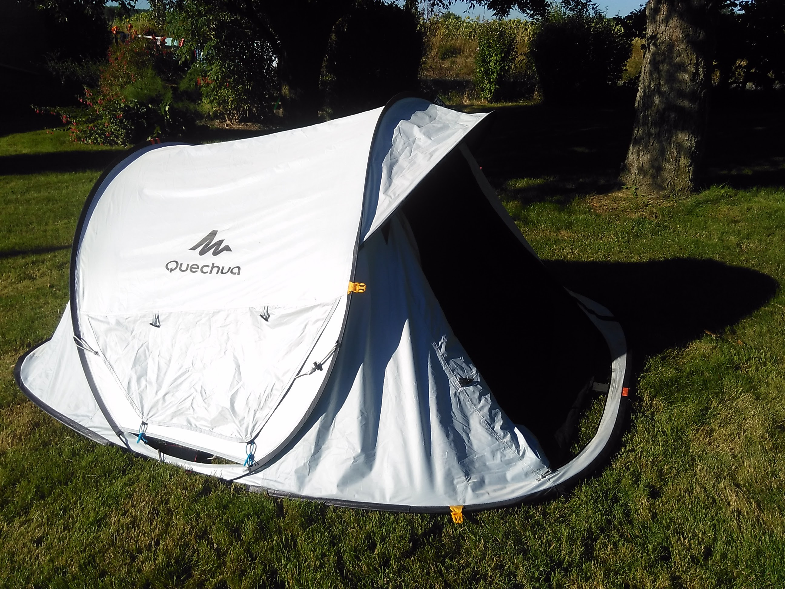 test de la tente de camping quechua 2 seconds e kairn. Black Bedroom Furniture Sets. Home Design Ideas