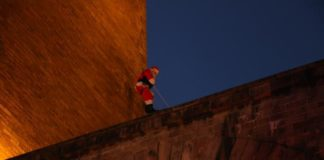 Père Noel grimpeur